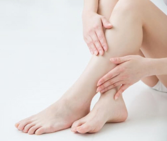どうしようもないがんこな足のむくみに悩んでいませんか?