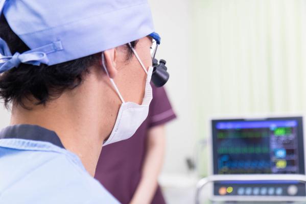 高周波治療では正確なエコー下血管穿刺テクニックが重要