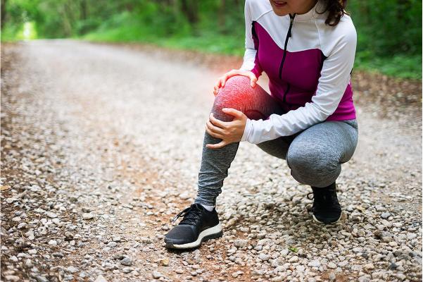 運動不足だけでなく、過度の運動も原因になる
